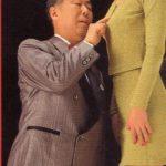 【悲報】50歳教諭「好きだ!!なぜ彼氏がいるんだ」 20代同僚(♀)「触るなセクハラ」→ 教諭懲戒処分www