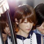 【画像】警察に連行される吉澤ひとみさん美少女すぐる件